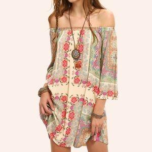 Dresses & Skirts - Boho multicolored off the shoulder dress